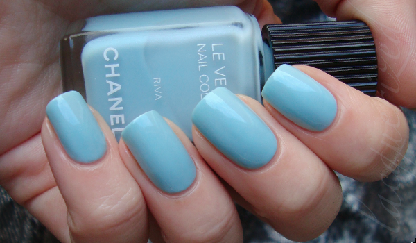 Chanel-Riva-Wedding-Nail-Polish